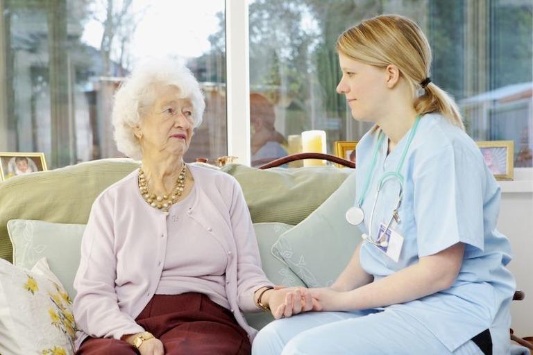Tuyển y tá điều dưỡng tại Hà Nội sang Đức làm việc