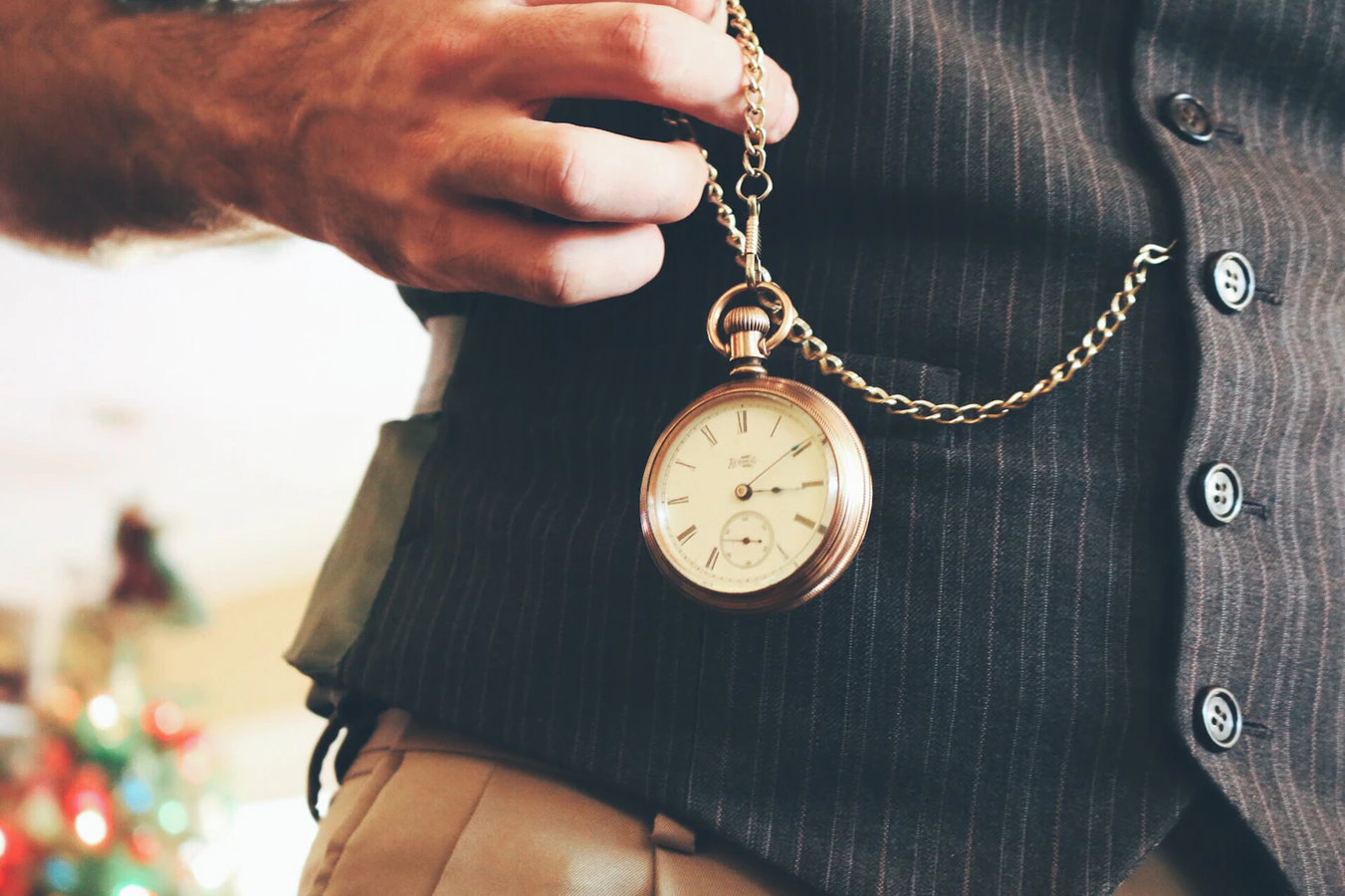 5 Rules in Pairing Your Watch With Your Outfit
