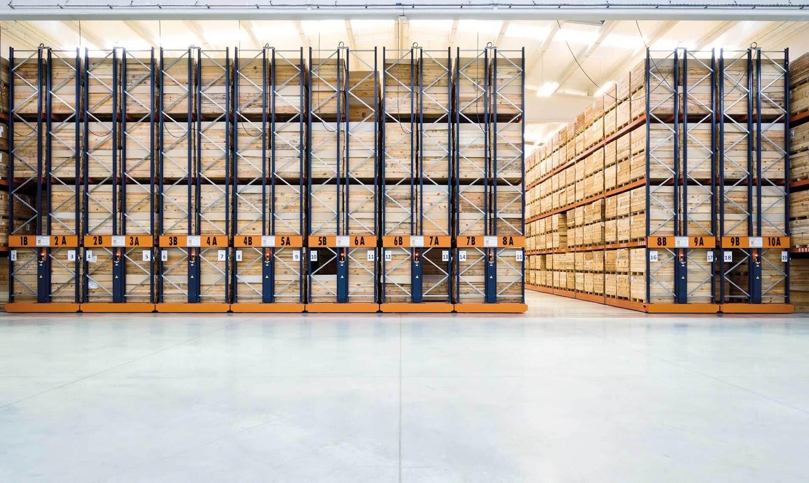 estanterias-moviles-para-almacenes