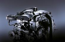Động cơ hyundai HD1000.jpg