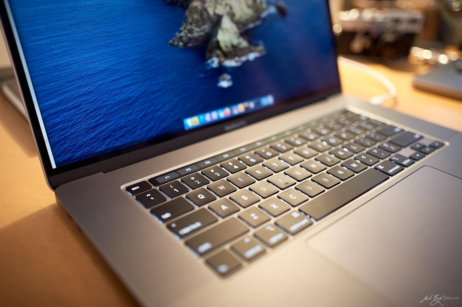2019 16 inch  Space Gray MacBook Pro