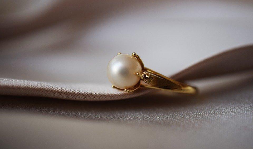 Ring, Pearl, Gold, Shine, Jewelry, Closeup