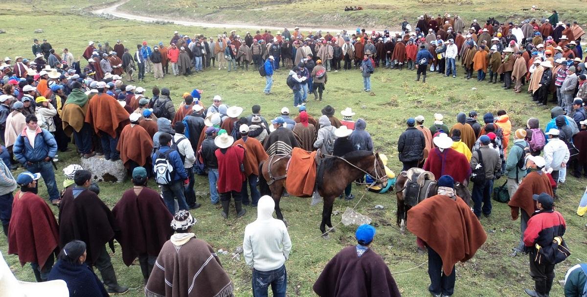 Asamblea de las Rondas Campesinas en el norte del Perú.
