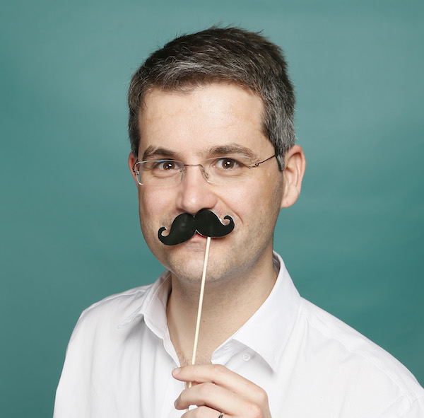 julien_mustache.jpg
