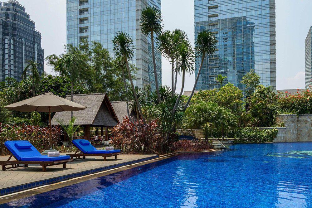 pacific place residence - rent apartment senayan