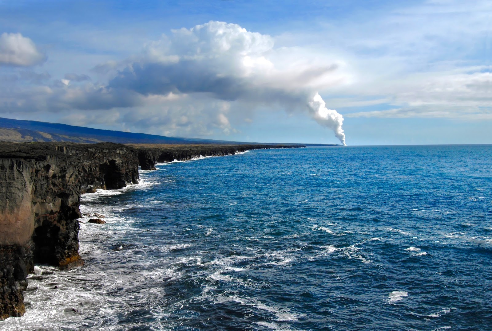 hawaii-lava-steam-cloud.jpg