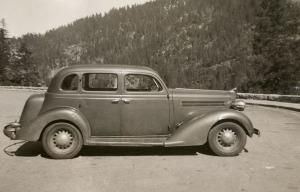 Allen's-1935-Dodge-fix