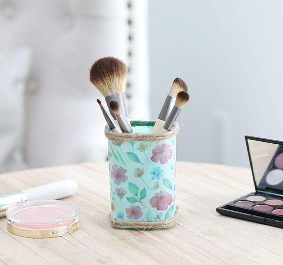 Hold it: Upcycle a shampoo bottle into a stylish makeup brush holder