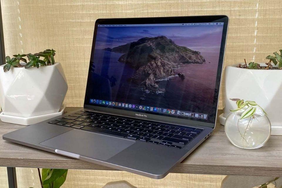 Ngoại hình Macbook Pro 2020 tương đối giống phiên bản cũ