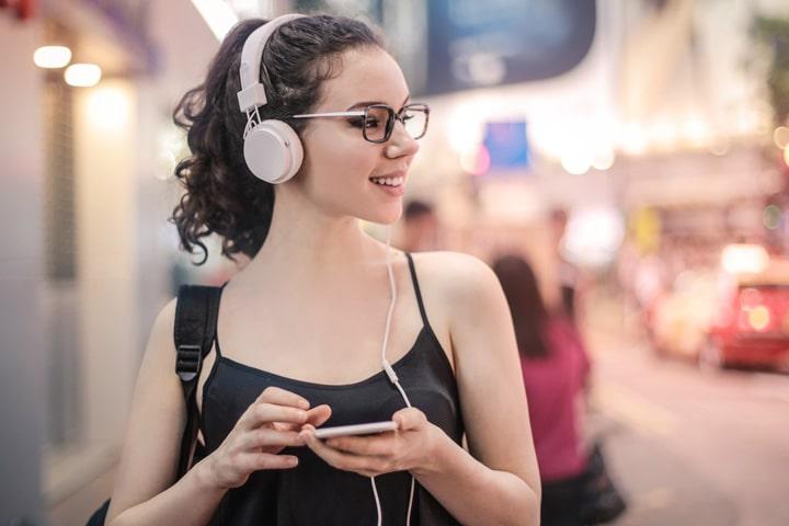 Где слушать аудиокниги