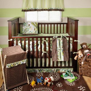 110214_Crib-decorations.jpg