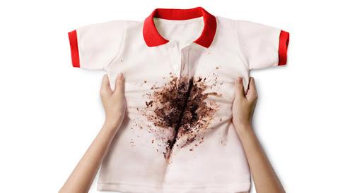 Nước nóng có thể giúp đánh bay vết bẩn trên quần áo