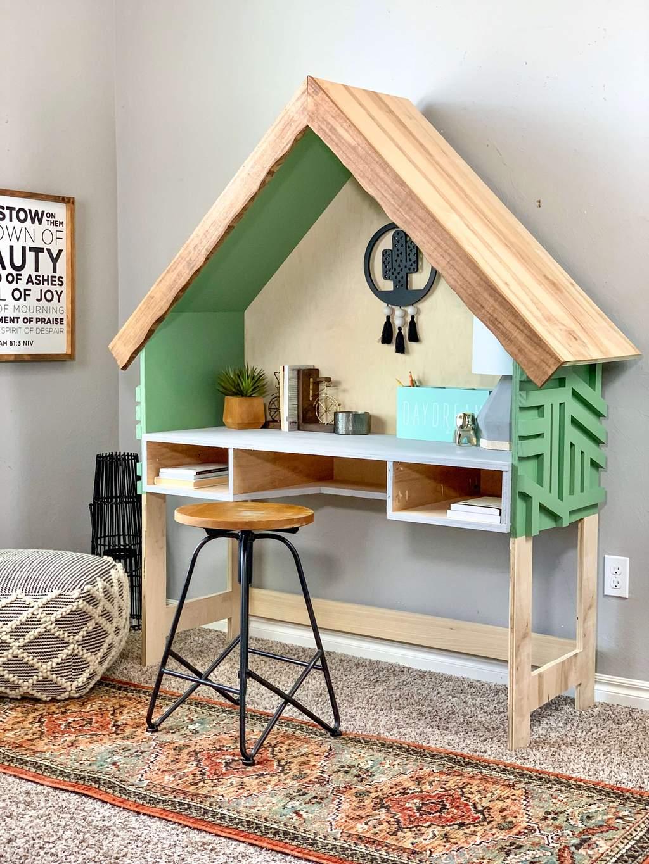 Home Frame Kid's Desk