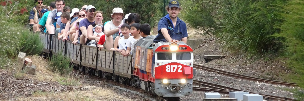 100 things to do in melbourne with kids eltham minature railway