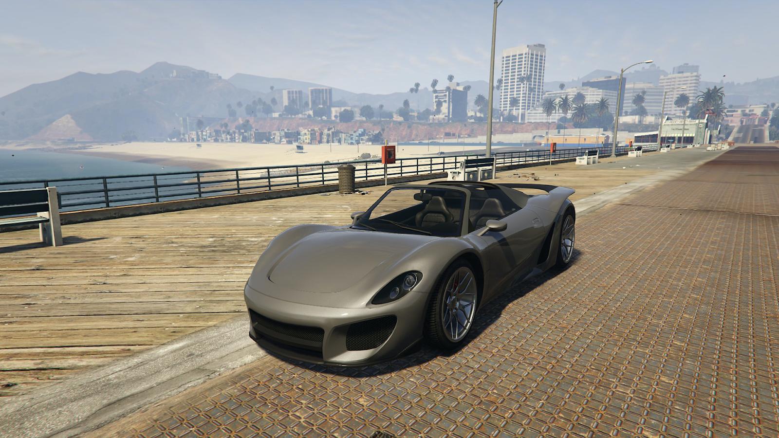 Der Pfister 811 in grau an einer Strandpromenade