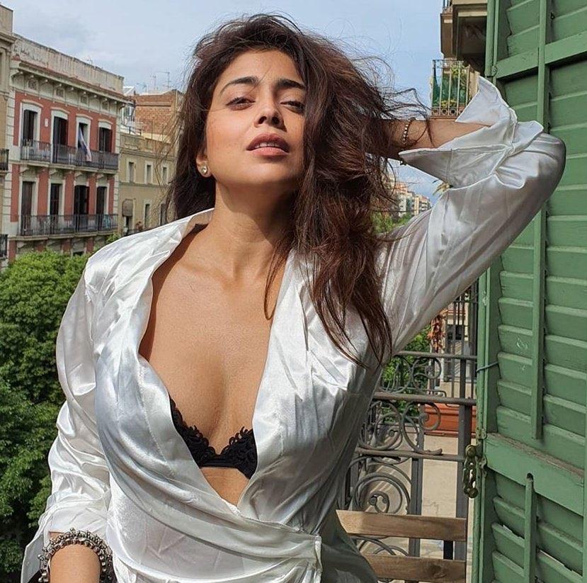 Shriya Saran Hot in Satin Night Gown exposing Navel Queens