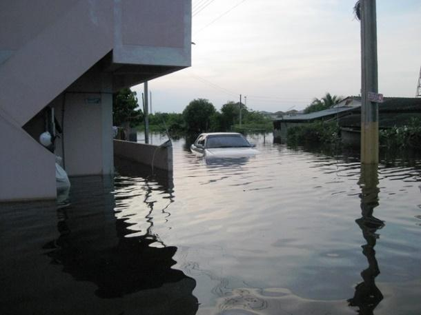 Image result for thailand floods 2011 tearfund image