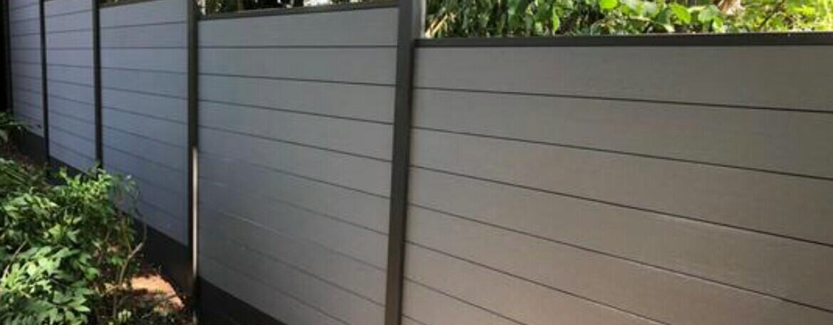 a good fencing prevent rats from under decking