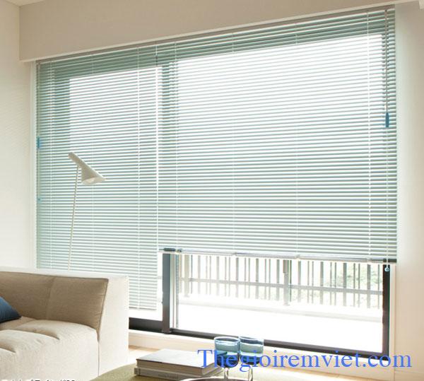 màn cửa sổ đẹp chất liệu lá nhôm nhập khẩu