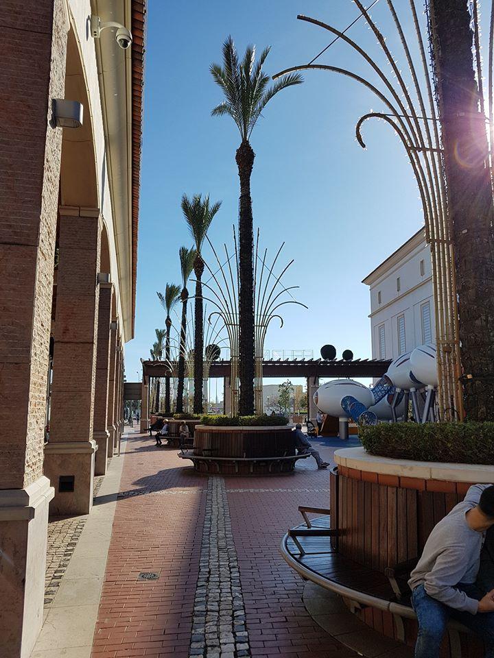 Läsnäolo Ihmiskunta yhteistyötä tarvitaan Algarve Shopping, Guia