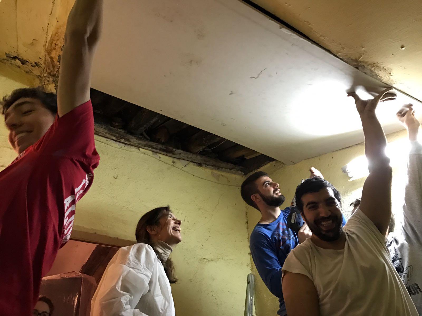 Voluntarios Tantaka Arquitectura.JPG