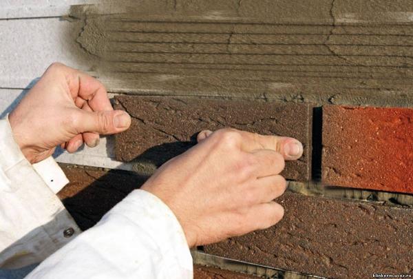Строительные герметики широко применяются при ремонтно-строительных, отделочных и санитарно-гигиенических работах