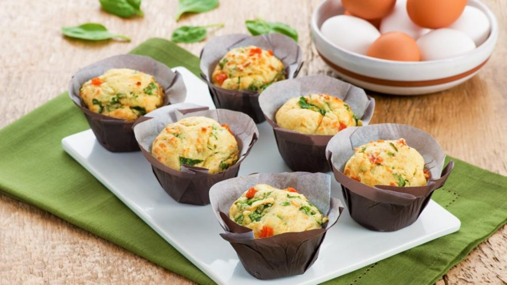 little spinach muffin with cheese