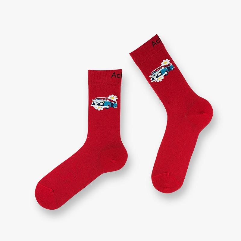 Chaussettes rouge avec motif van bleu avec des fleurs