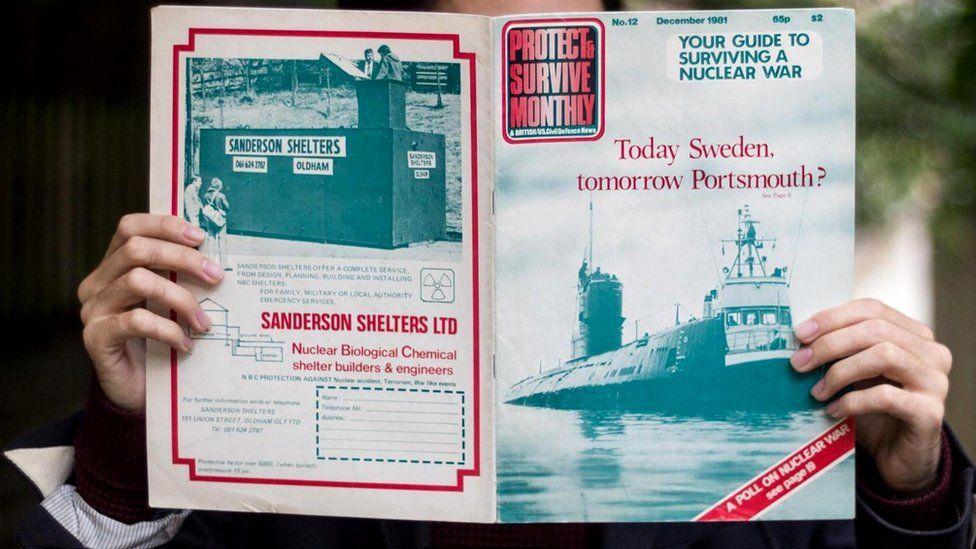 В журнале с восхищением описывалось то, как в других странах - например, в Швеции - готовятся к ядерной войне