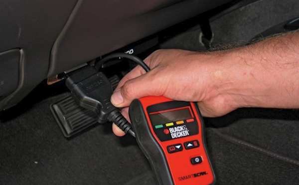 เมื่อไฟรูปเครื่องโชว์ นำรถไปตรวจเช็คที่อู่หรือศูนย์บริการที่มีอุปกรณ์เสียบดู code ความผิดพลาดของระบบ จะแก้ปัญหาได้ตรงจุด รู้ว่ารถมีปัญหาที่ตรงไหนง่ายกว่า