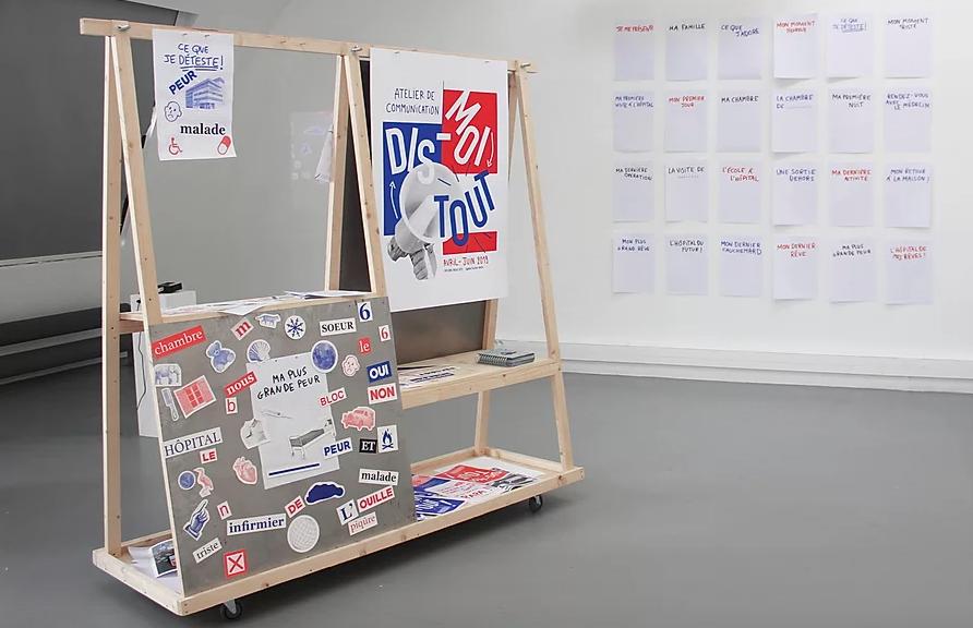 """""""Dis-moi tout !"""", atelier artistique destiné aux enfants hospitalisés qui expriment leurs ressentis au travers d'éléments magnétiques."""