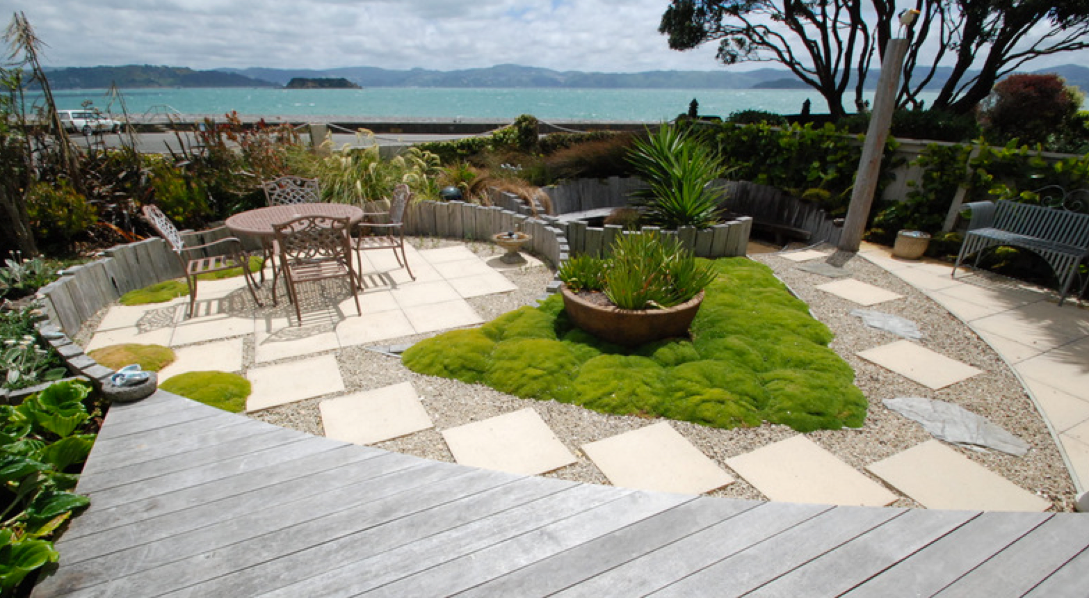 Windy beach gardendesign wellington.png