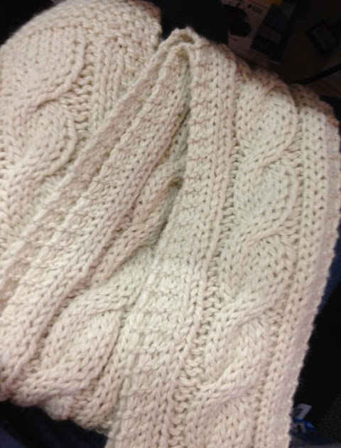 Easy Knitting Patterns For Chunky Yarn : Raising a Yarn Store: Easy Chunky Cabled Scarf
