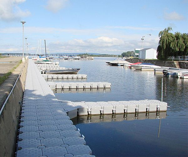 How to Choose and Anchor Floating Docks