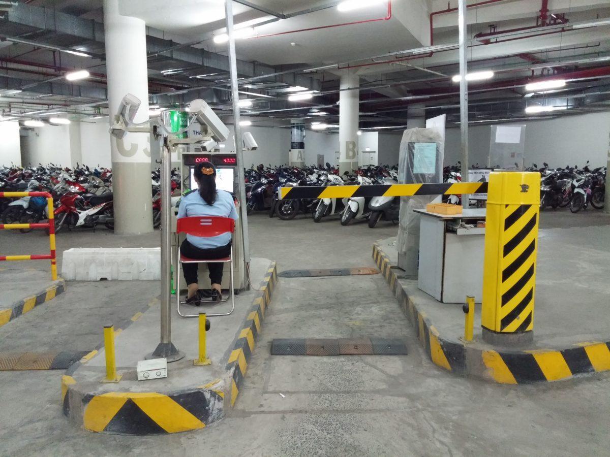 Barie tự động ứng dụng tại các bãi giữ xe thông minh