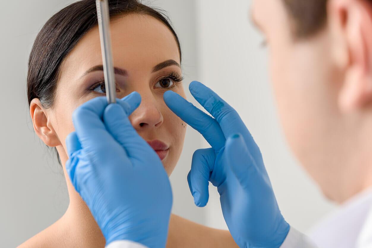 کاربرد قالب کنترلی در جراحی بینی