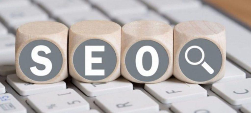 Bạn nên trang bị một số kiến thức về SEO để dễ dàng đánh giá quy trình làm seo website hơn