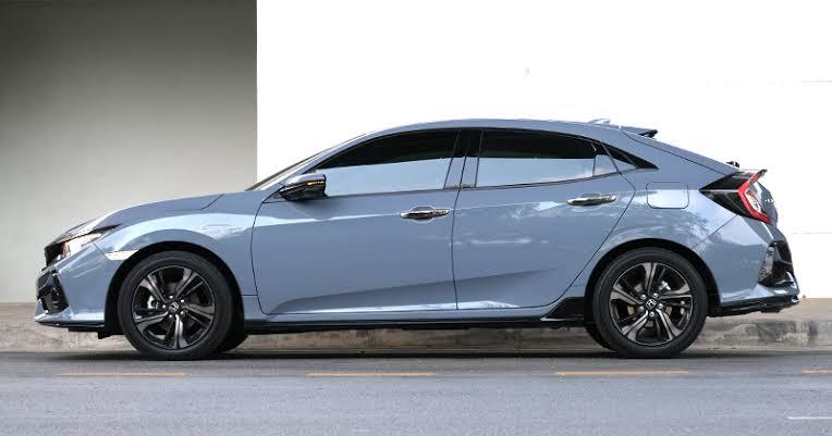 จุดเด่นของรถยนต์ : Honda Civic FK Hatchback Turbo RS