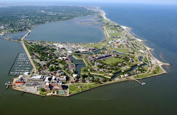 C:UsersWorkDesktopMilitary Bases PicsFort Monroe Army Base in Hampton, VA800px-Fort_Monroe_Aerial.jpg