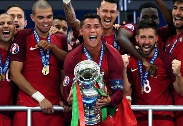Huyền thoại bóng đá thế giới - Cristiano Ronaldo