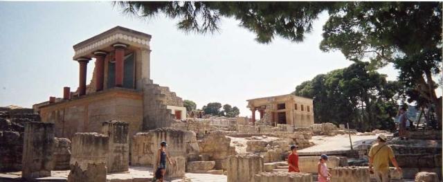palais-de-knossos-1044077079-1161537.jpg