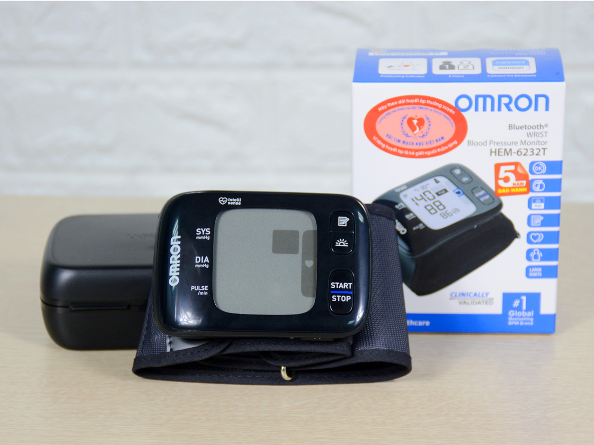 Máy đo huyết áp cổ tay Hem 6232T.
