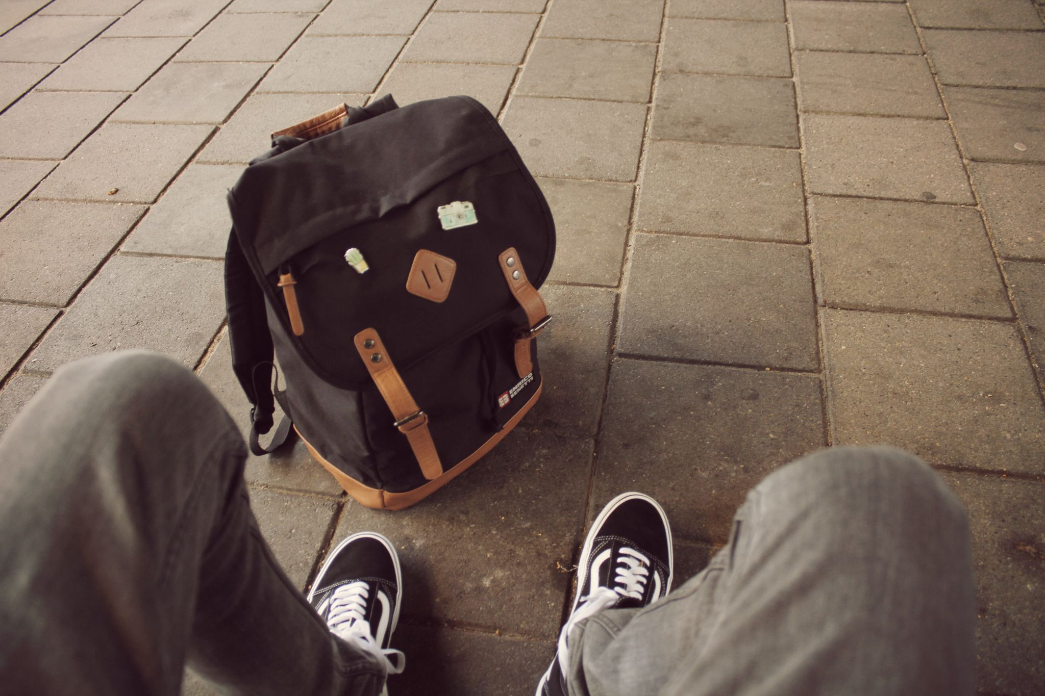 moving tips - moving day bag