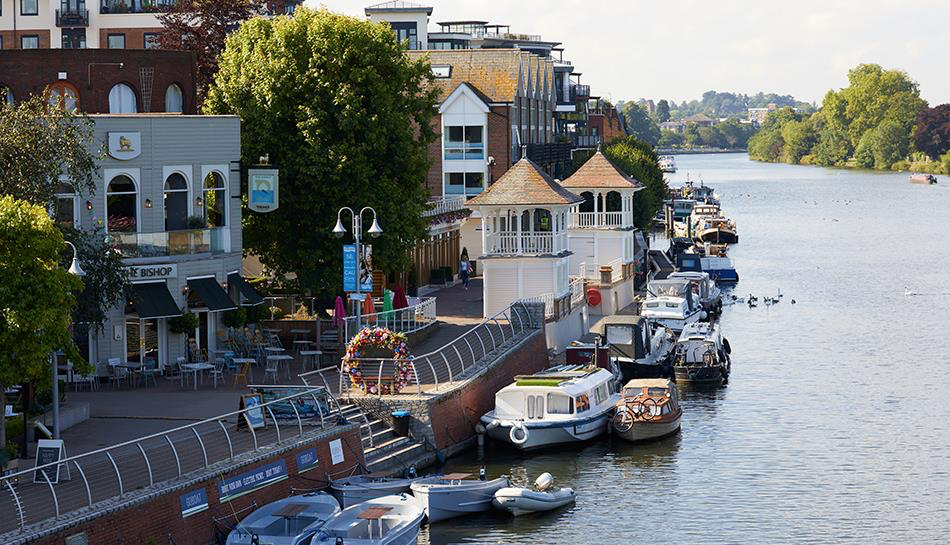 Kingston-upon-Thames River, Host Family Stay