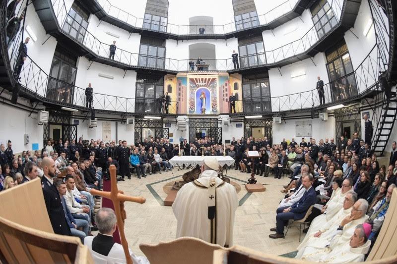 Ngày Giới trẻ Thế giới (WYD) Panama 2019: Những tù nhân trẻ làm gậy giám mục cho Đức Thánh Cha