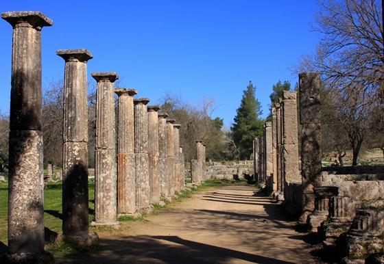 http://www.visitgreece.gr/deployedFiles/StaticFiles/Photos/Generic%20Contents/Arxaiologikoi_xwroi/Palestra_Olympia_560.jpg