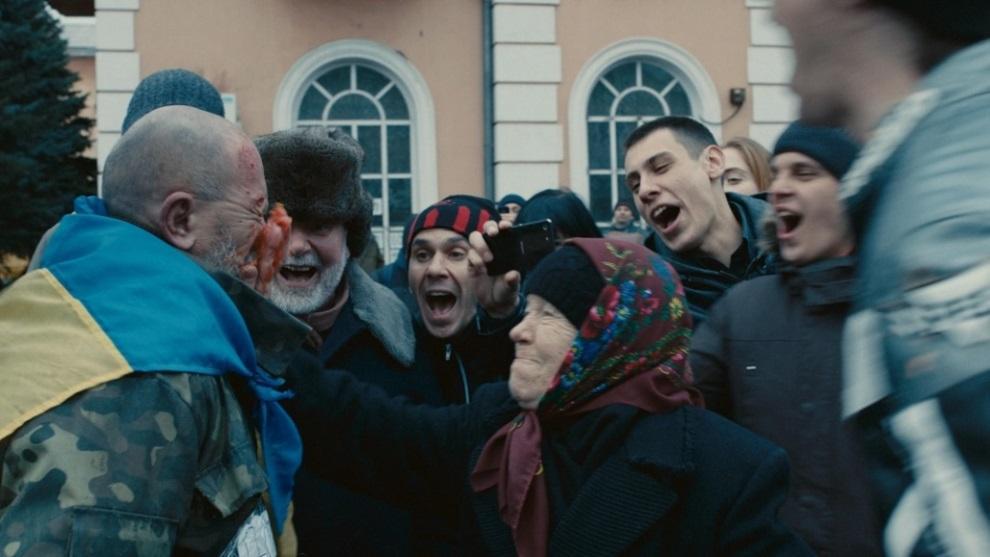 D:\OSVITA UA\УКРАЇНСЬКЕ КІНО\Kadr-z-filmu-_Donbas_-5.jpg