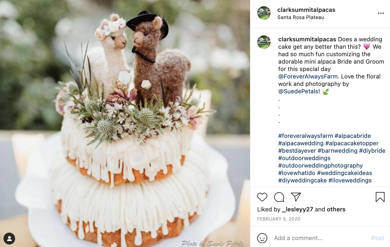 DIY wedding cake with alpacas