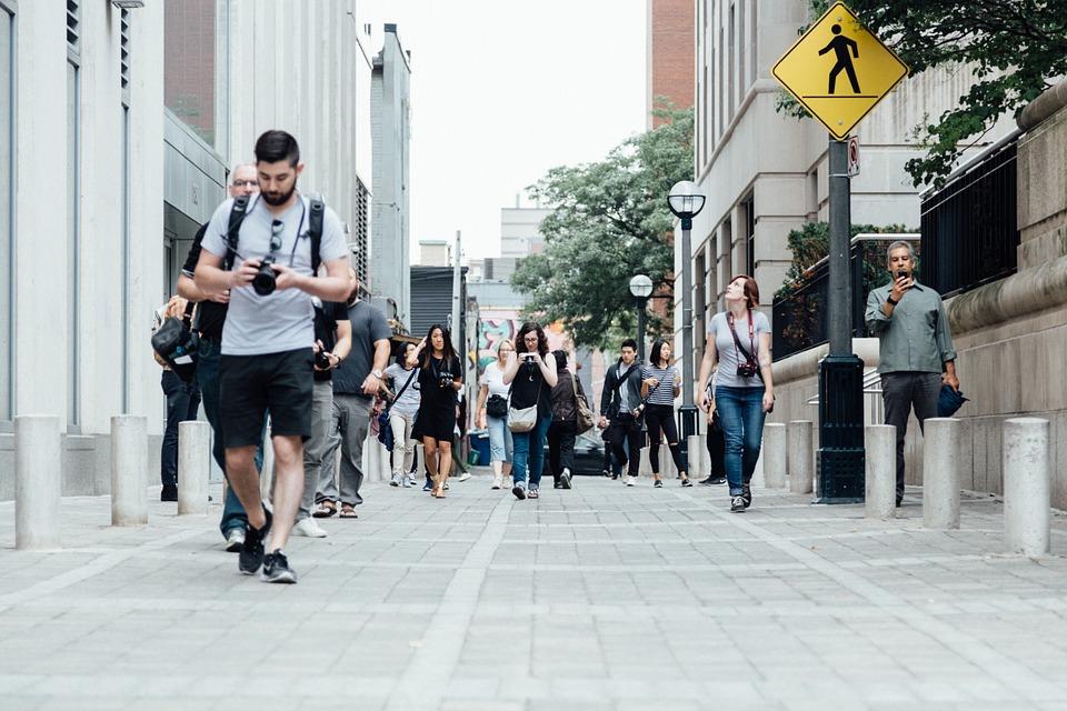 Hướng dẫn viên du lịch là một trong những việc làm Nha Trang HOT trong năm 2021
