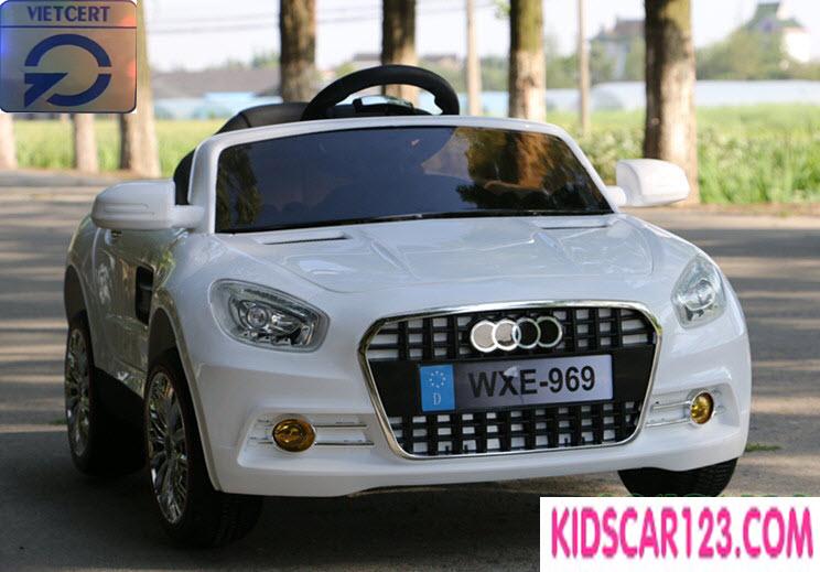 Xe ô tô trẻ em WXE-969